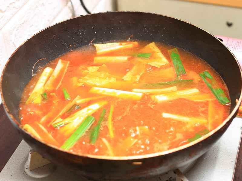 鯖魚罐頭麵 - 家居必備、快速上桌、上手難度一顆星