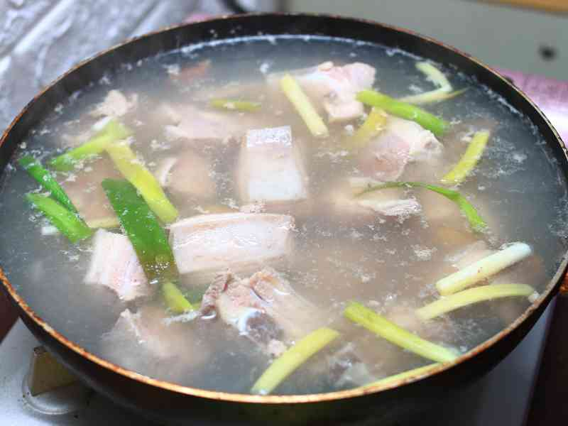 清燉羊肉爐 - 清爽溫潤、不油不膩零負擔