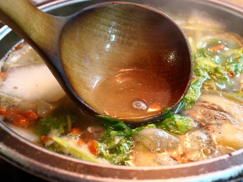 林家蔬菜羊肉爐 - 網路知名、清爽湯頭為主打
