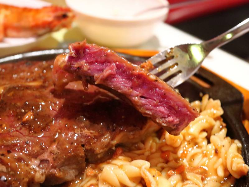 饗樂牛排 - 平價牛排的「饗樂、享樂」優質選擇
