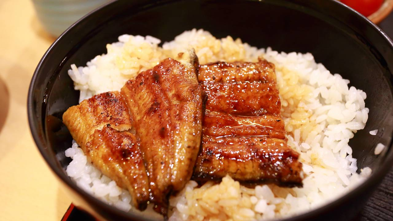 鰻料理京都屋 - 濃重碳燒香氣,滿足饕客的味蕾